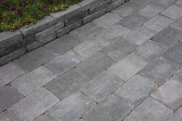 abbeystones-20x30x6-grijs-zwart-sfeerfoto