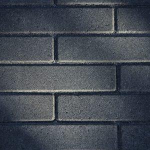 bestrating-straksteen-kleurvast-mbi-facetto-20x5x6-antraciet